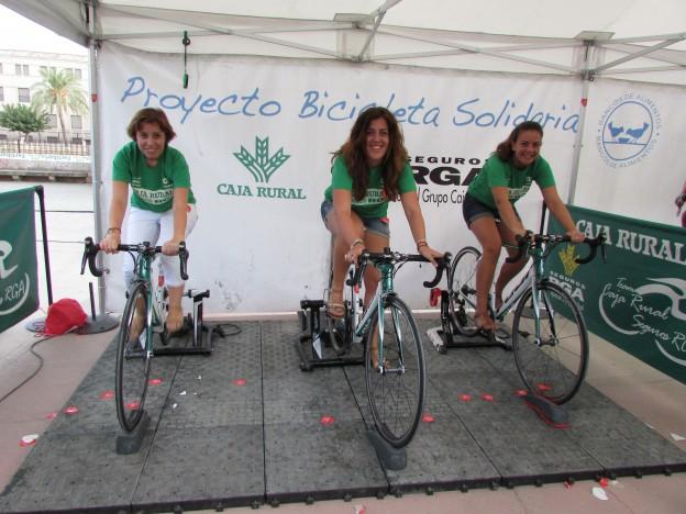 bicicleta solidaria Caja Rural - La Vuelta