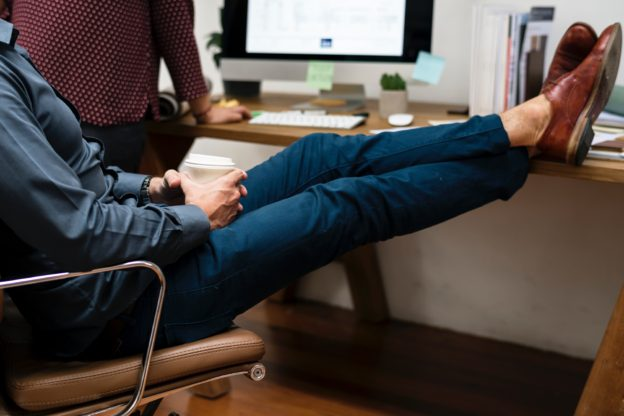 La silla de oficina que necesitas | Blog Caja Rural Regional de Murcia